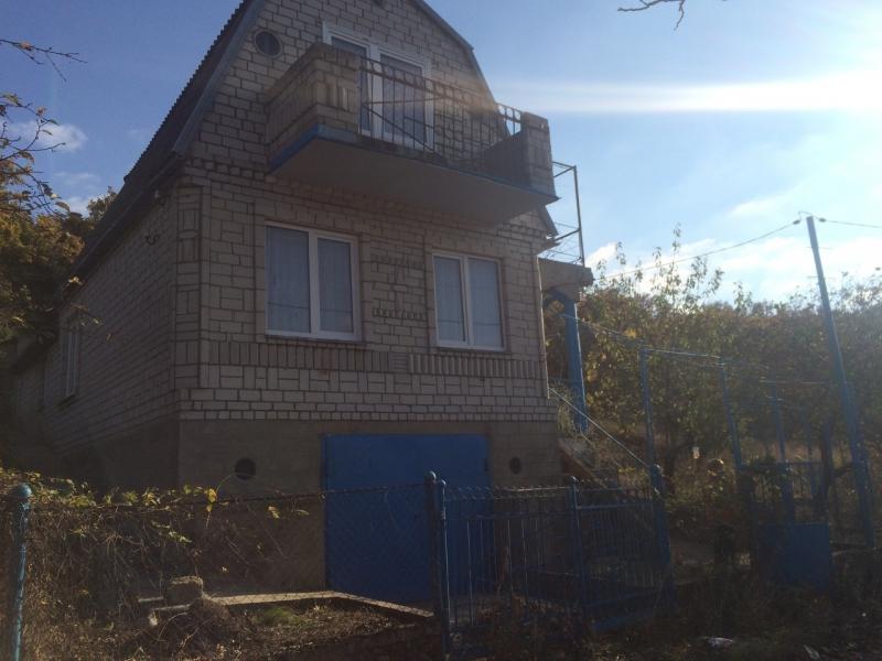 Продается двухэтажный дом 111 кв.м. с ремонтом.