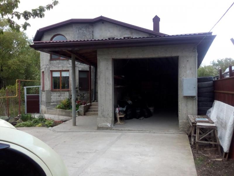 Дом 163 кв.м., с участком 7 соток