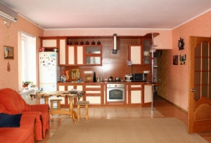 Двух комнатная квартира в близи детского сада в Анапе