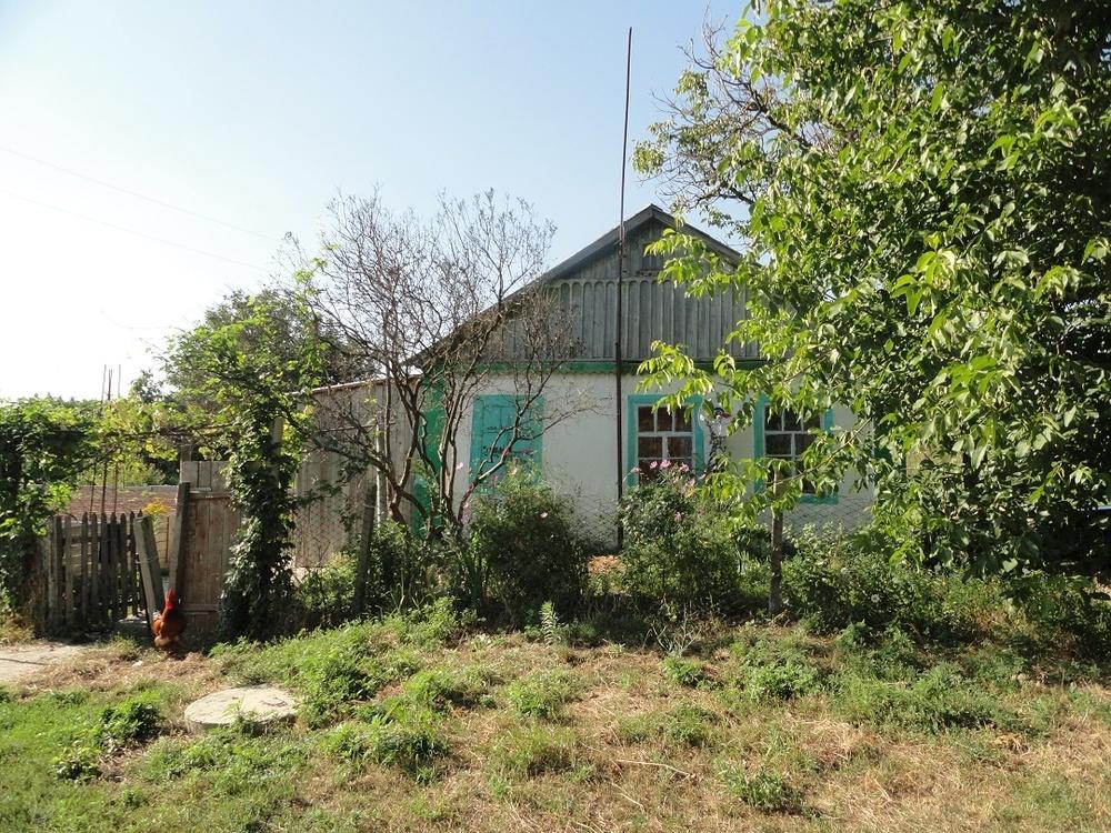 Дом в Гостагаевской 38.8 кв.м на участке 20 сот