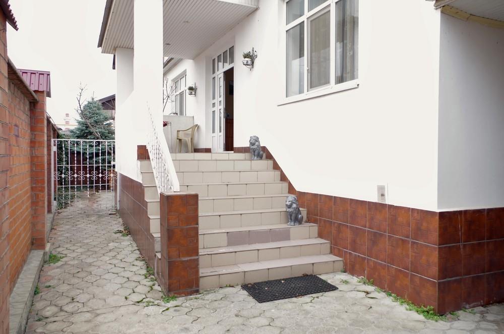 Большой дом 423 кв.м на участке 6.5 сот
